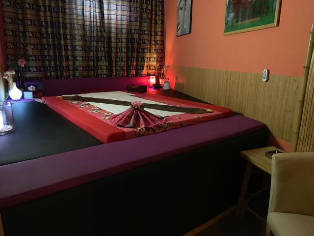 Thip Thai | Thaimassage in Köln Porz >> Einzelmassagezimmer 3 - Bild 01