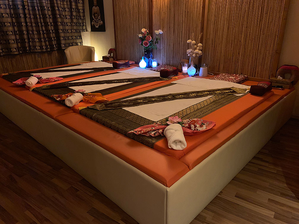 Thip Thai | Thaimassage in Köln Porz >> 3er Massage Zimmer 4 - Bild 02